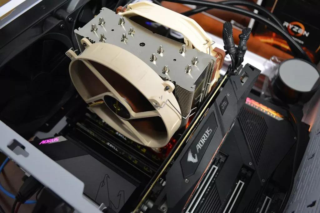 Тестовый компьютер с кулером