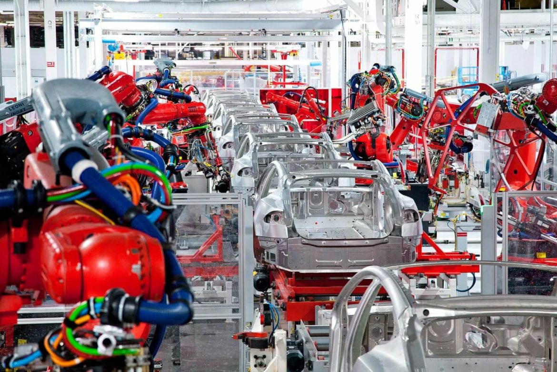Официально: с конвейеров Tesla в 2019 году сошло 367 500 автомобилей