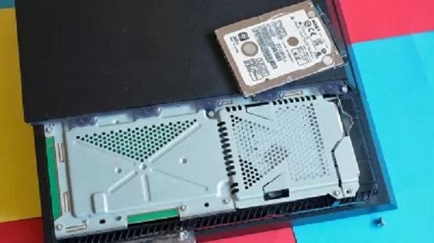 Как поменять жёсткий диск в PlayStation 4, PlayStation 4 Slim и PlayStation 4 Pro