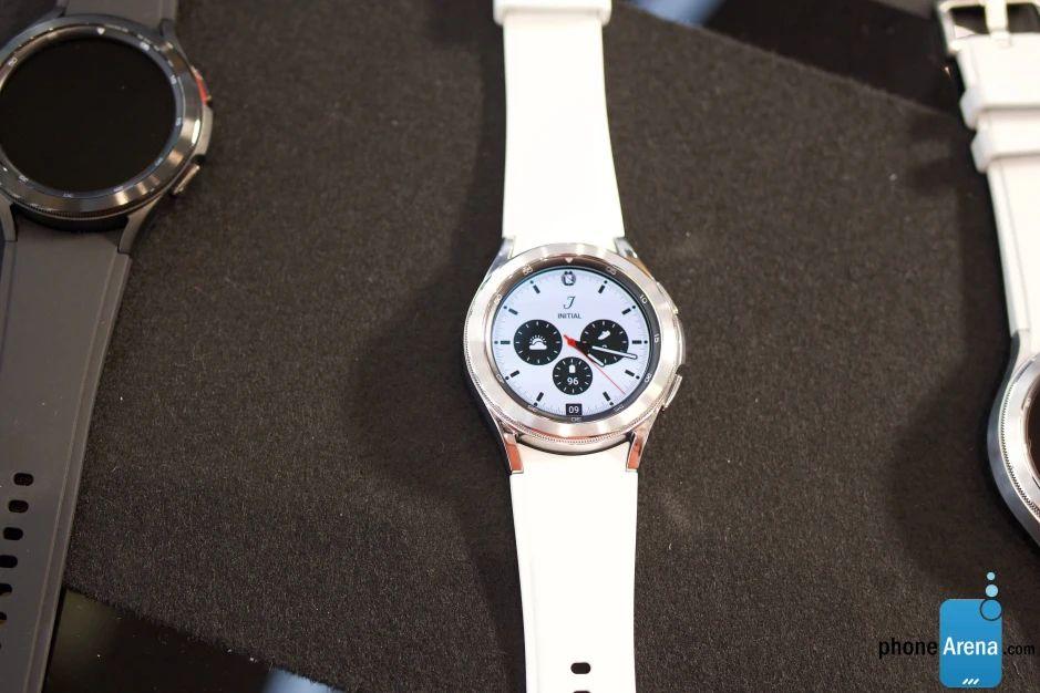 Galaxy Watch 4 Classic циферблат