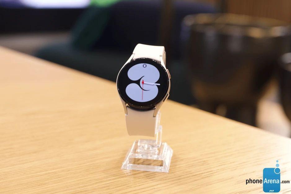 Galaxy Watch 4 циферблат